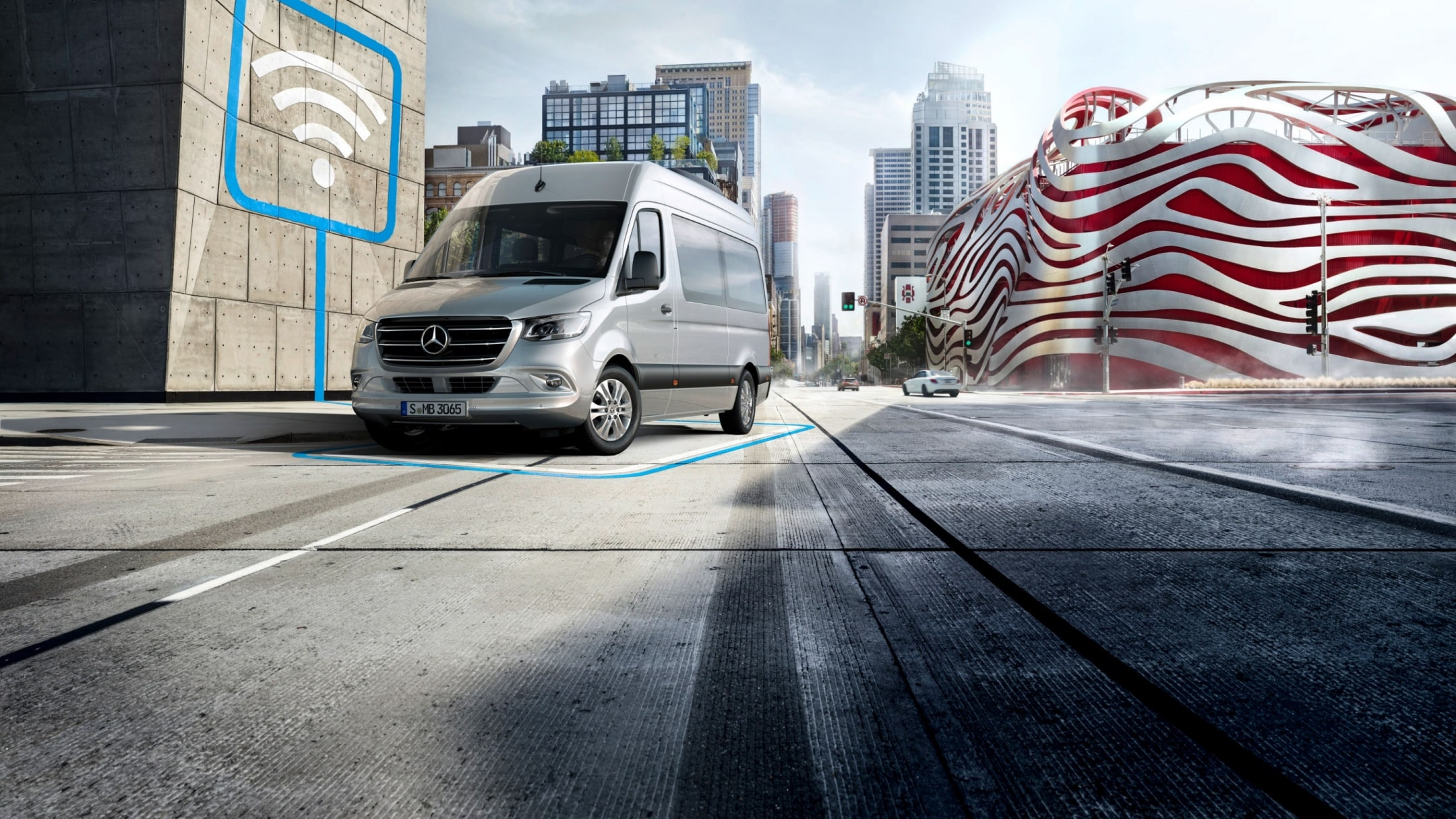 The new Sprinter with Mercedes PRO.
